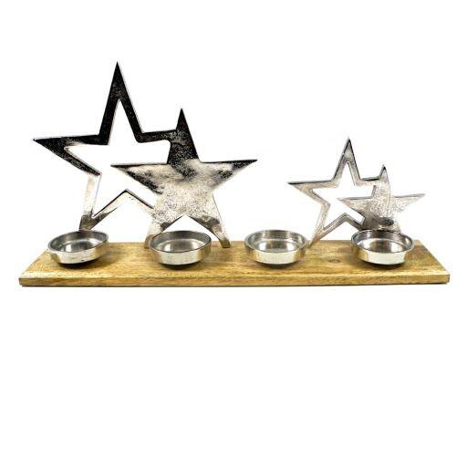 Sterne auf Holzständer mit Kerzenteller