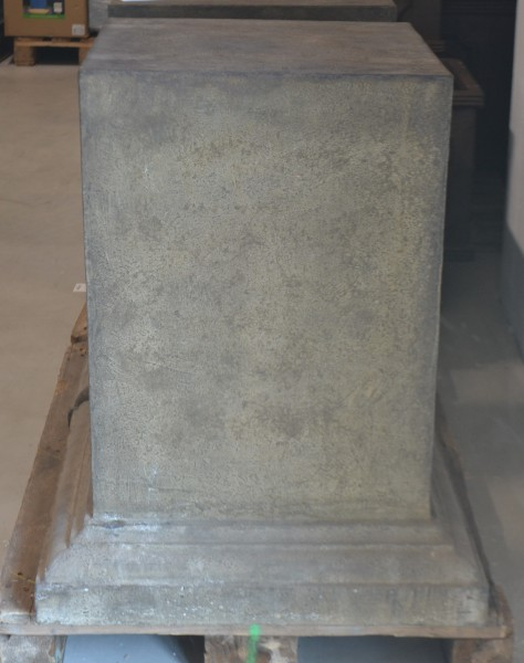 Sockel 50 x 50 x 81cm, grau, 1 Stück