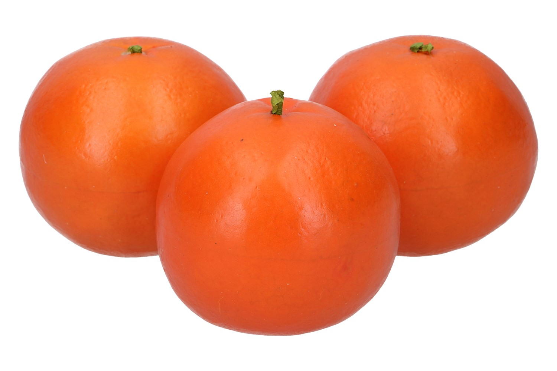 3 Orangen im Netz